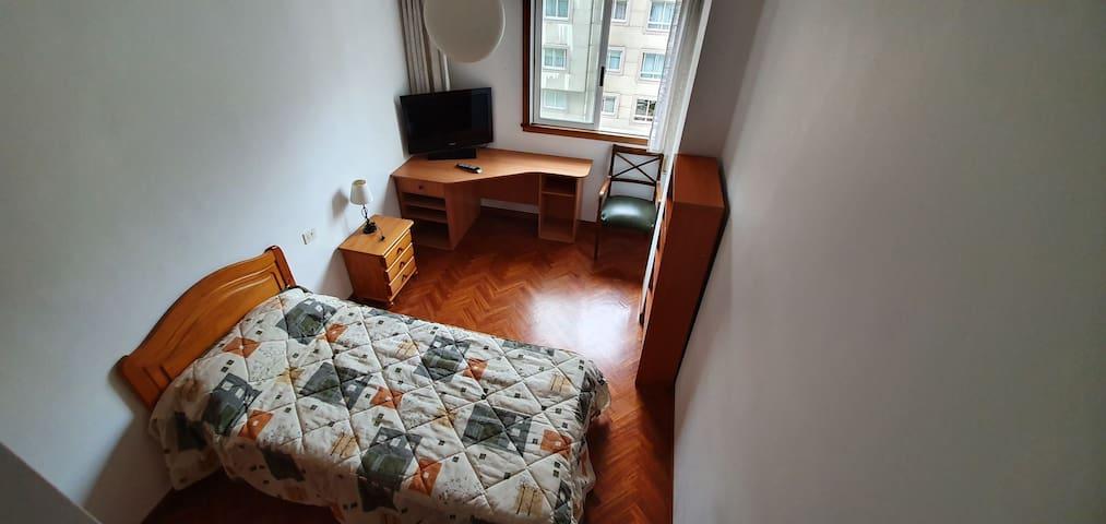 Habitación Confortable zona céntrica  privilegiada