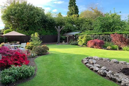 Monwood B&B, Solihull