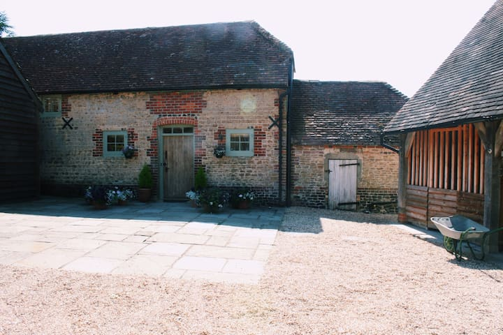 The Garden Cottage Oakhanger - Hampshire - บ้าน
