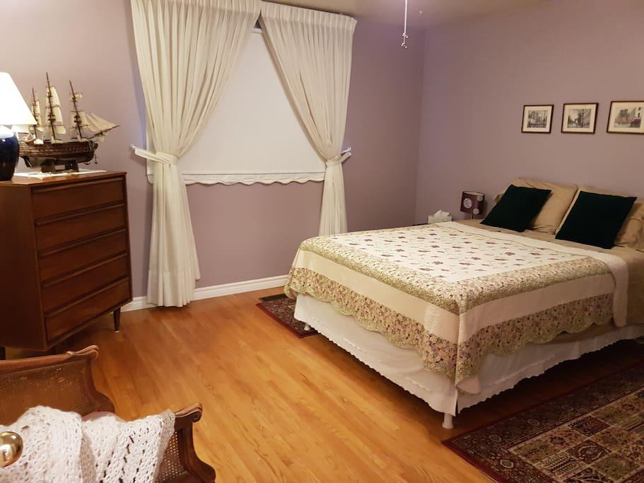 Bedroom #1: Firm Queen Bed.