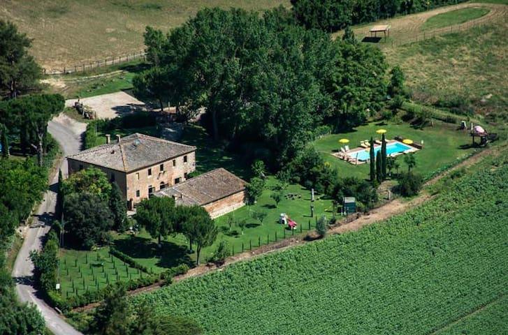 Siena, san fabiano villa/il Vino - Monteroni D'arbia - Penzion (B&B)