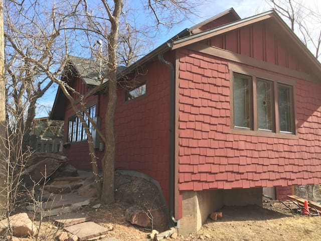 Magical Eldorado Renovated  Cabin - Boulder - Haus