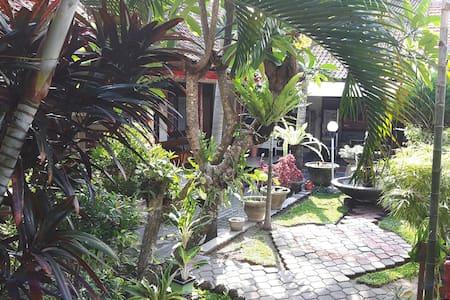 Cozy Bedroom with breakfast in Bali - Denpasar Bali - Talo