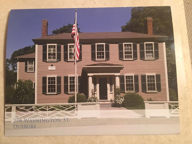 A beautiful historic home - Duxbury