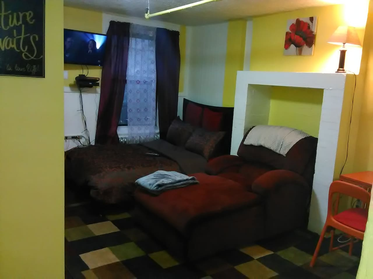 Comfy full size bed and chaise lounge