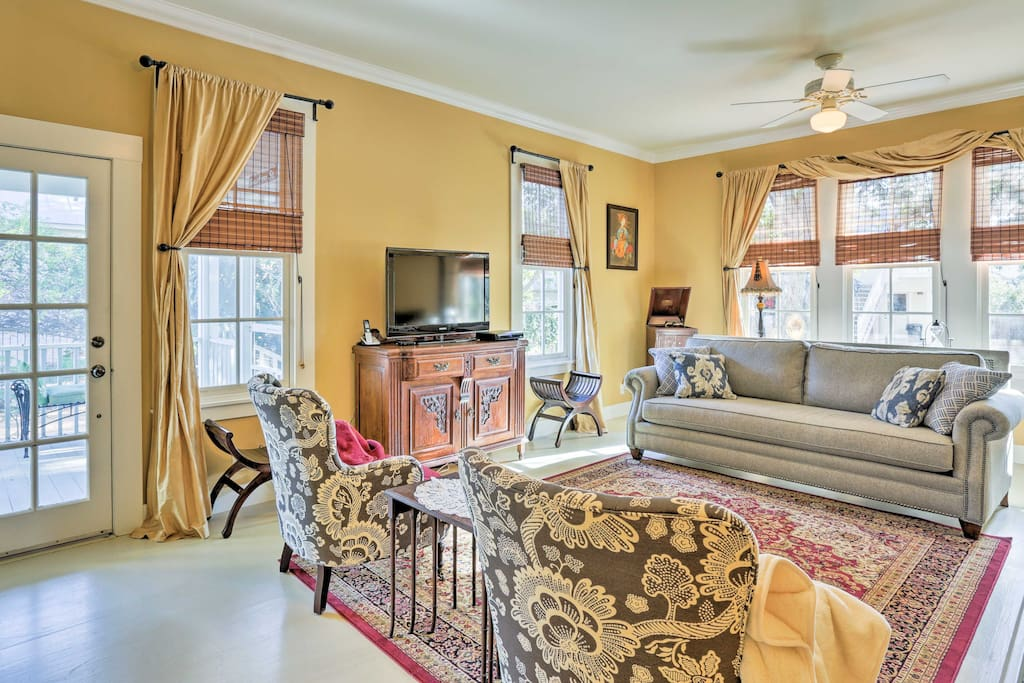 The comfortable living space features tasteful decor and well-appointed accommodations for up to 12 guests.