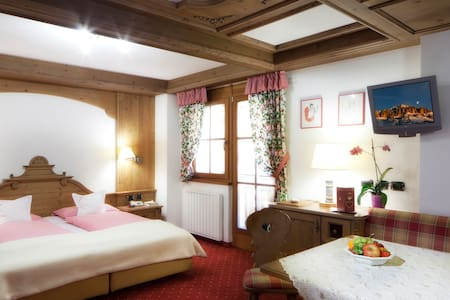 Double Room - Chalet Barbara B&B - Arabba