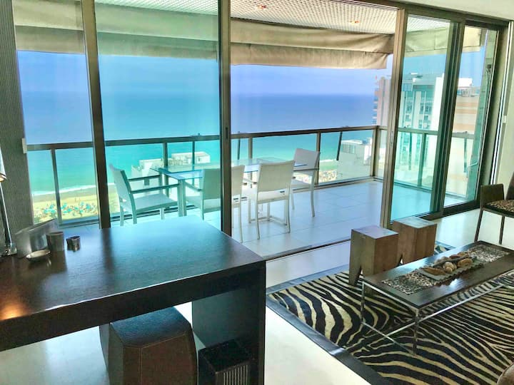 Up/to 50%off • Breathtaking View/Heart of Ipanema