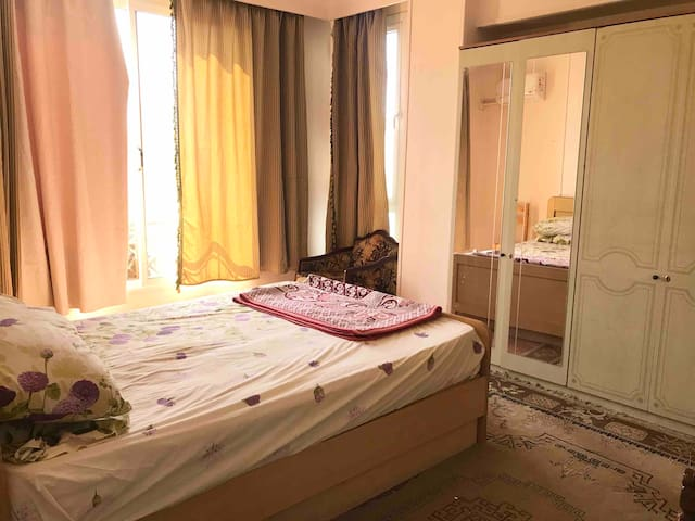 Cozy Apartment ONE Bedroom@ Sheikh zayed