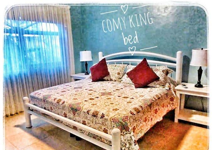 Mi Casa Linda B & B Comfy King bd+ensuite->5 beach