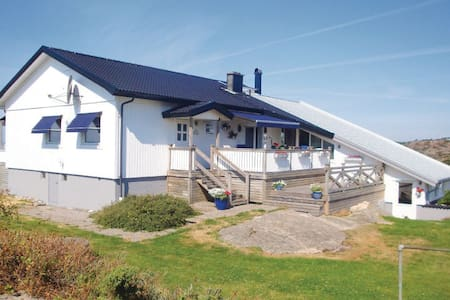 Villa Adenäs - Åsa - Hus