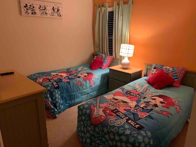 2nd floor bedroom with 2 twin beds.