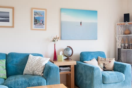 Large, cosy beach style home - Braunton