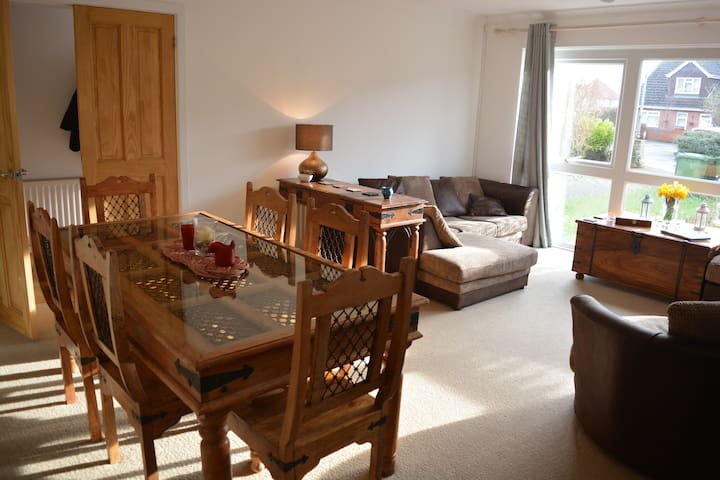 Double Bedroom in Hamble - Hamble-le-Rice - House