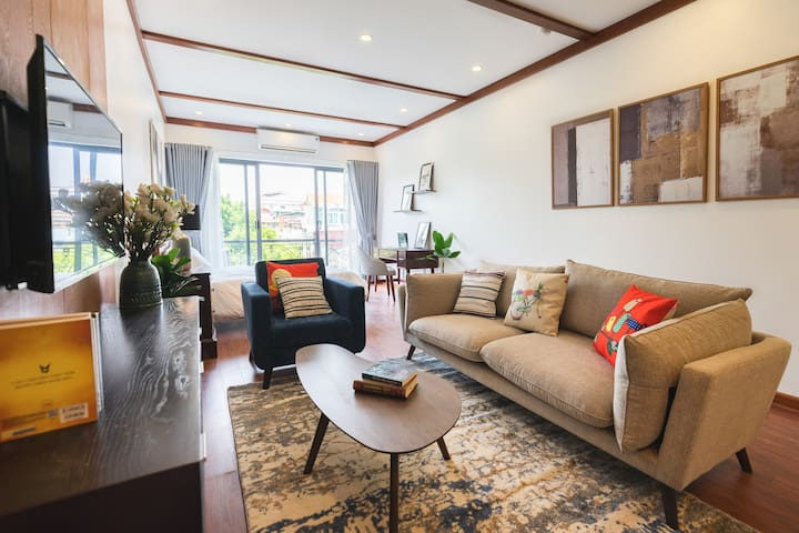The Wooden Apartment @ Old Quarter Side D7 40%OFF
