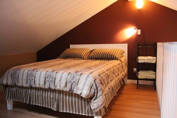 Room in loft, with queen size bed