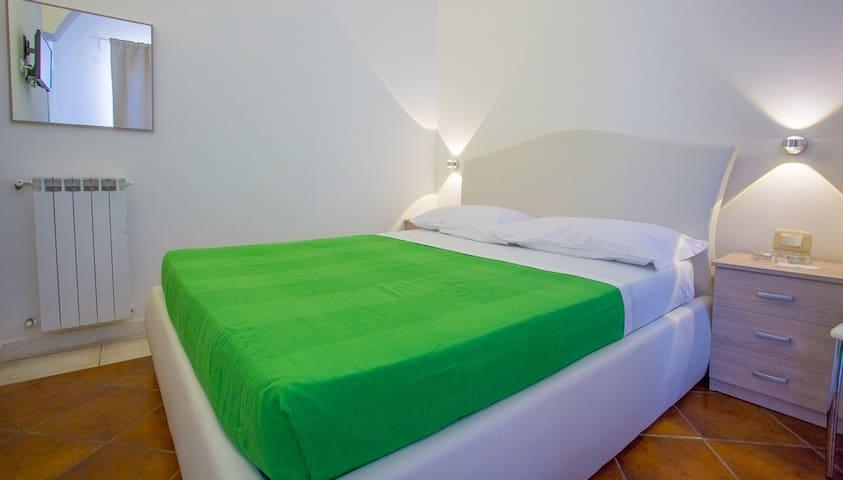 Casa dei Carrubi - Camera Quadrupla - Portopalo di Capo Passero - 家庭式旅館
