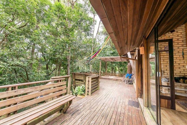Suíte especial na Floresta da Lagoa da Conceição - Florianópolis - House