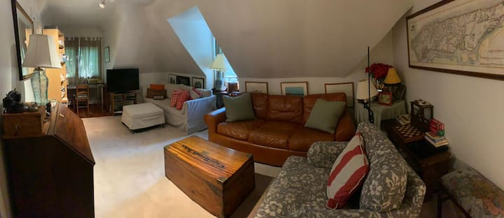 Cottage on large property-walking distance to town