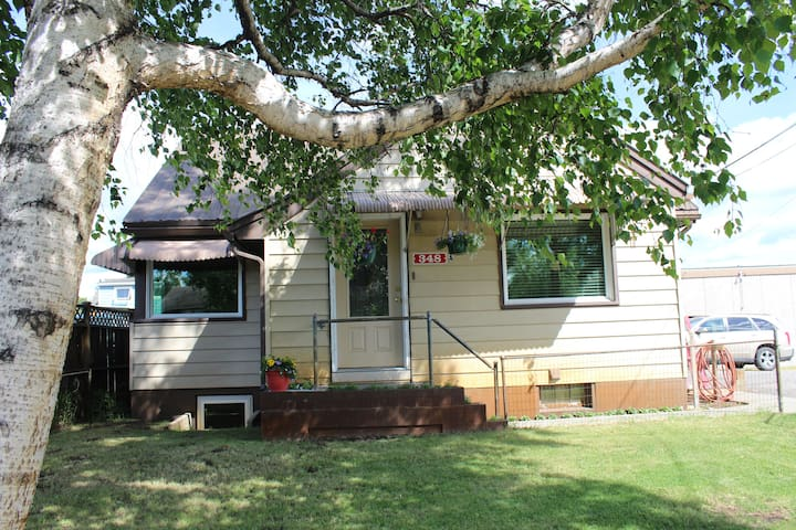 Vacation Rental  348 Well St.