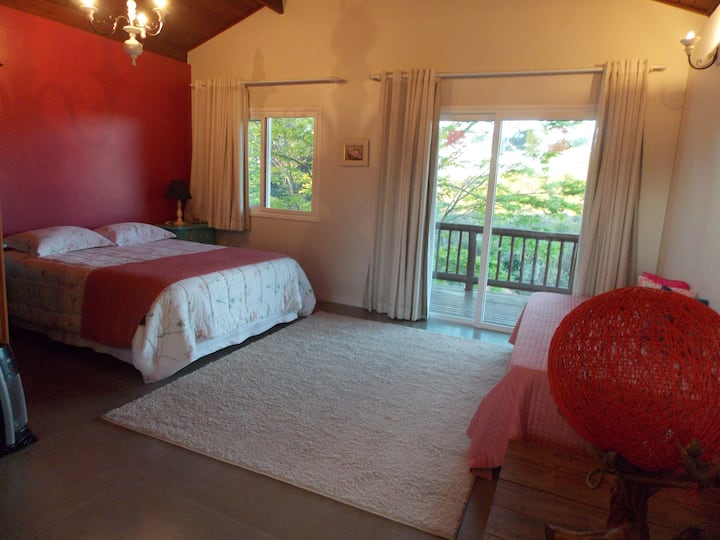 Suite Master, independente, ampla e confortável