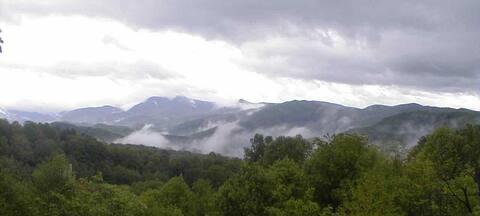 Beautiful Amazing View  Heart of Smoky Mountains