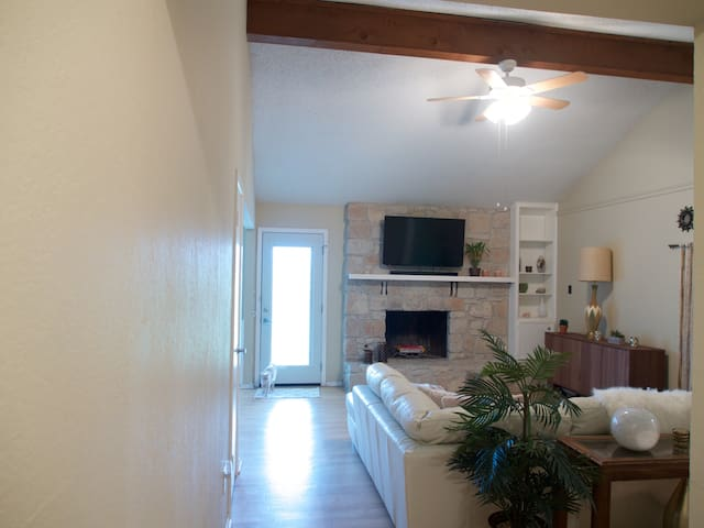 3 br 2 ba home near Austin - Round Rock - Hus