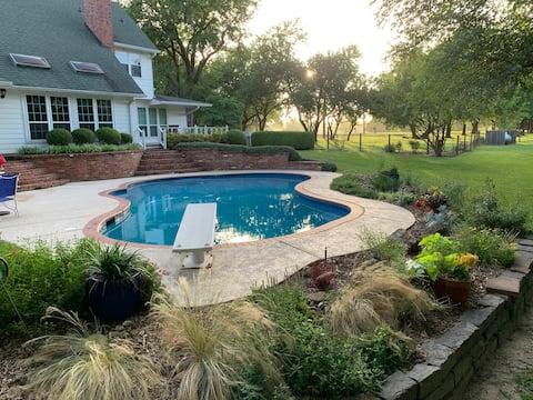 O verão vai embora no campo! Piscina, lago e DIVERSÃO!