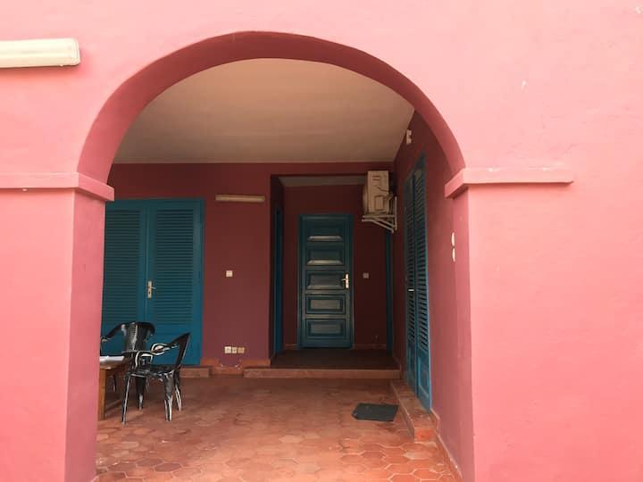 Maison Anne-Hermyne  N•1 de L'hébergement à goree