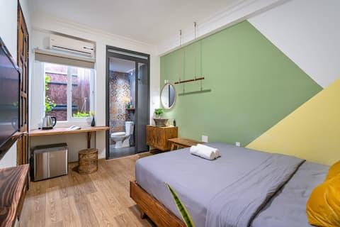 BV602 - Cozy Stylish Room in Bui Vien