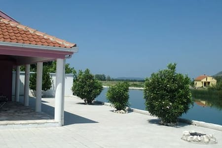 WATERFRONT HOUSE WITH POOL IN TREBINJE - Dubrovnik