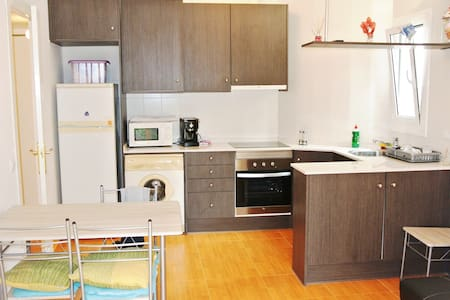 T045 Bonito piso en PIneda de Mar - Pineda de Mar - Apartemen