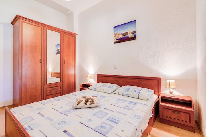 Charming and cozy Apartment | 3 mins to the beach - Fažana - Appartement