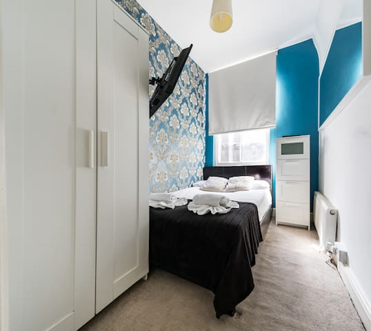 private Double room in a shared flat.