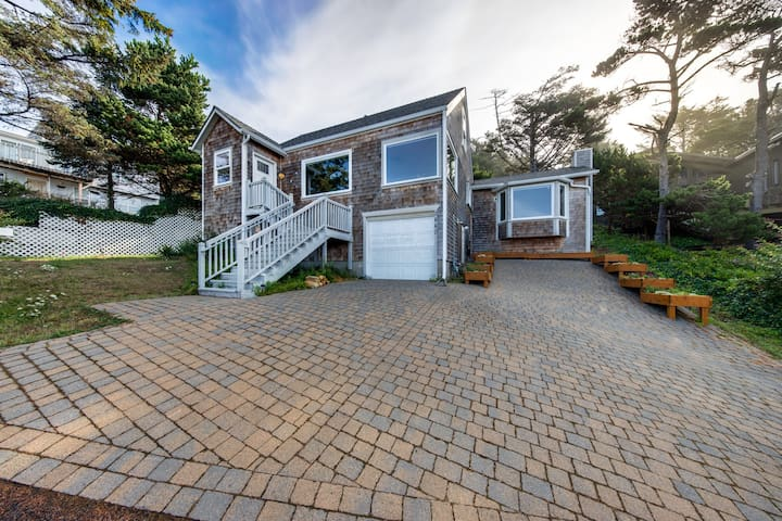 Dog-friendly home w/ large deck, incredible ocean views - steps to the beach!
