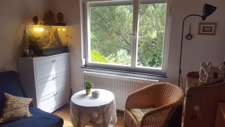 Privatzimmer mit eigenem Eingang und Garten