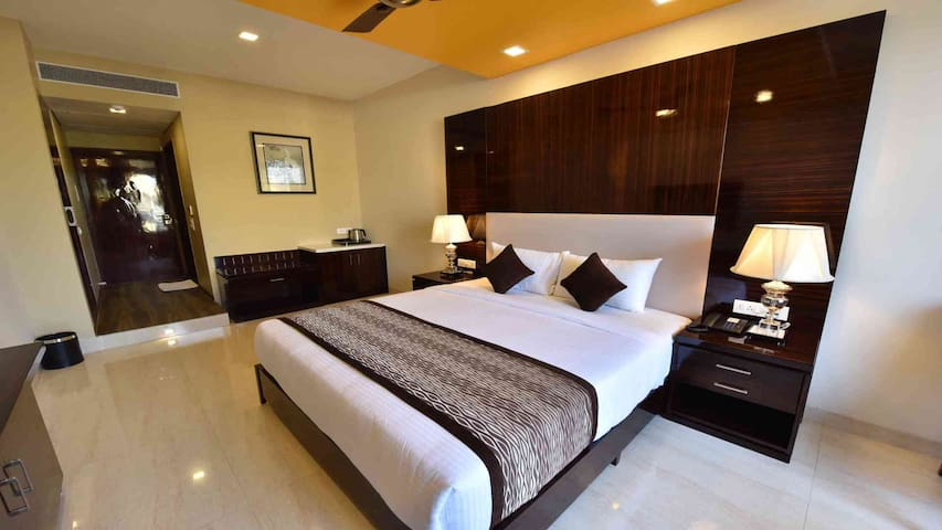 CALANGUTE CENTRAL - EXECUTIVE SUITE - Goa del norte - Bed & Breakfast