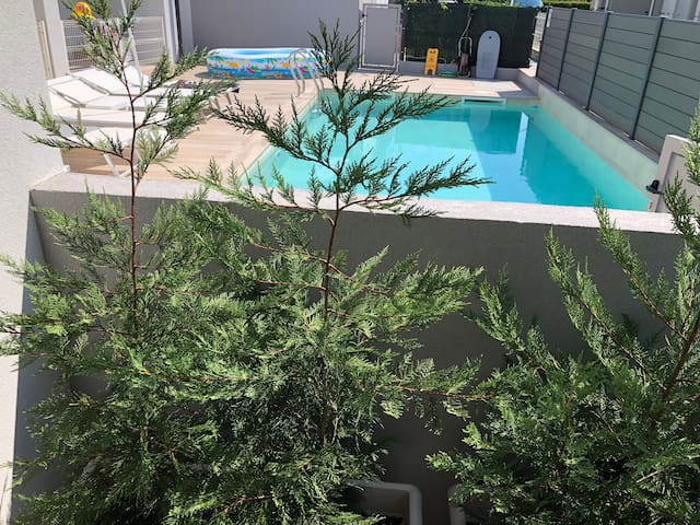 JESOLO,NEW APARTMENT WITH HEATED POOL 4 PERSON