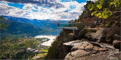 Nær fantastisk natur i Nordfjord