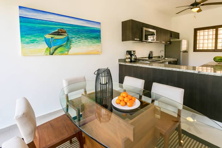 Exclusive new house on Akumal beach- 25 min TULUM