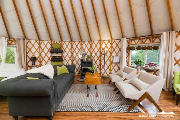 The Yurt Retreat in Northwest Arkansas