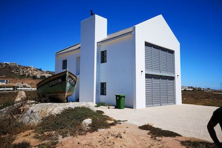 Newly built house 50 meter from sea