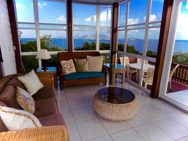 Little Apple Bay Surf House   - Tortola - Rumah