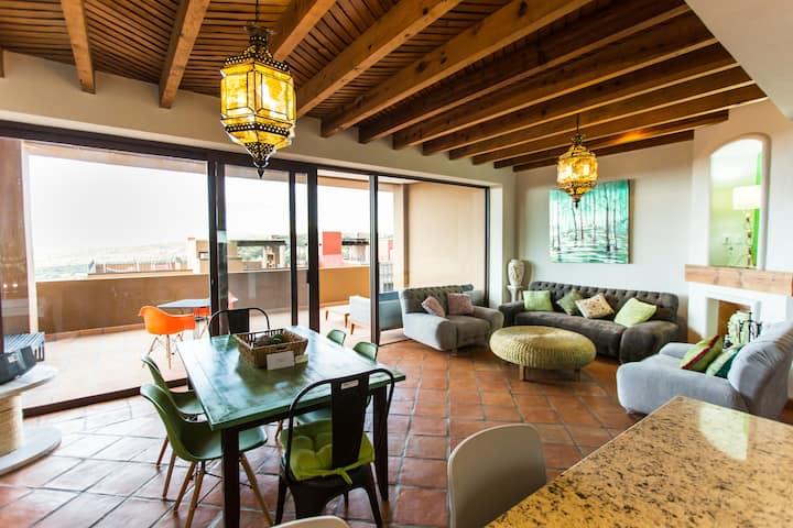 Villa Jade- En el centro y con terraza