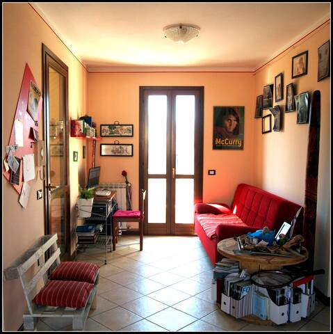 "Stanza condivisa ""Antraccoli Vegas"" - Lucca - Apartment"
