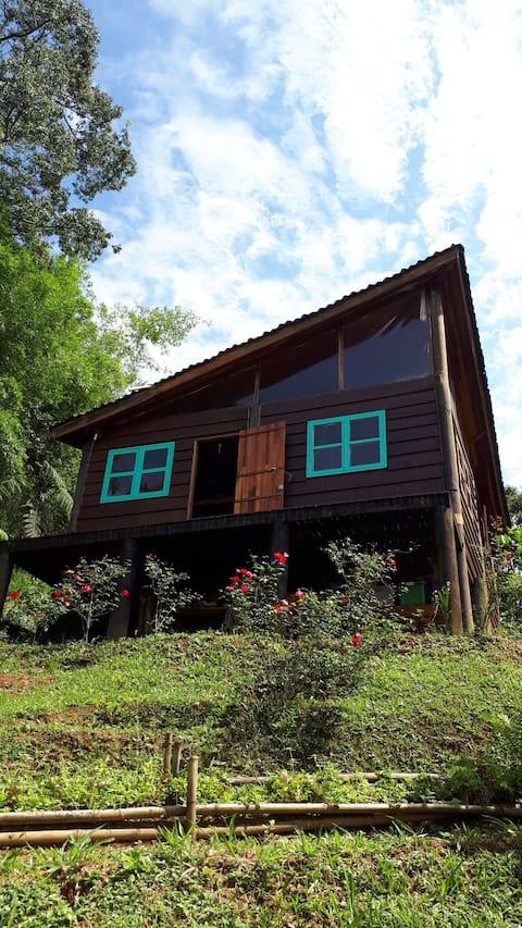 Tao da Serra: sítio com cabana e muita natureza!