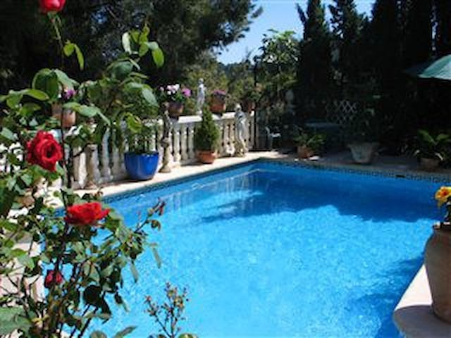 A delightful villa with pool - Real de Gandía - Rumah