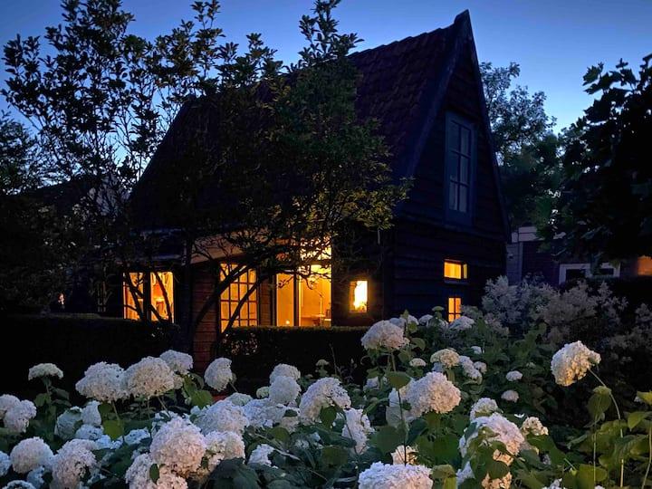 Cosy cottage near Amsterdam