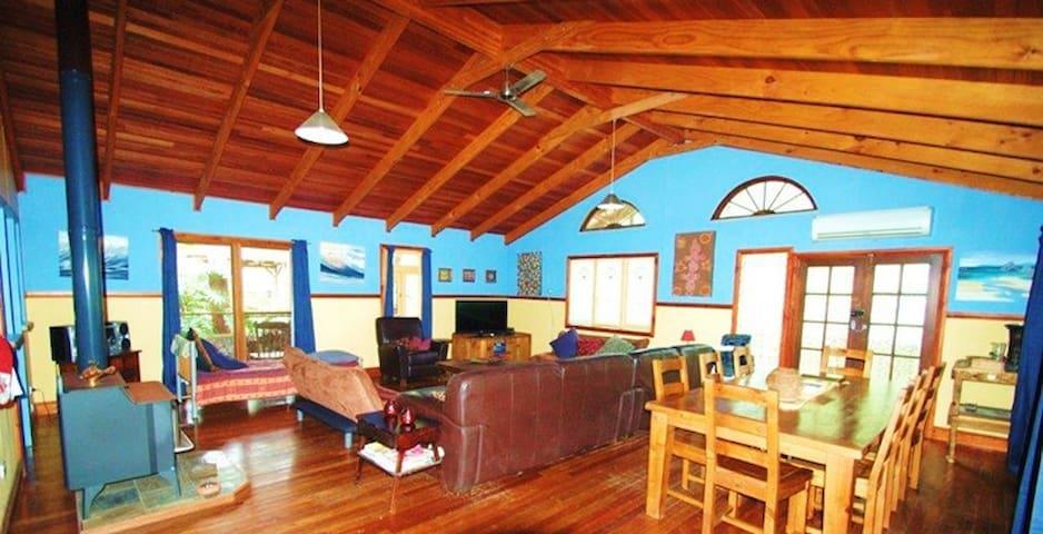 Sanctuary Bush to Beach House - Nambucca Heads - Ev