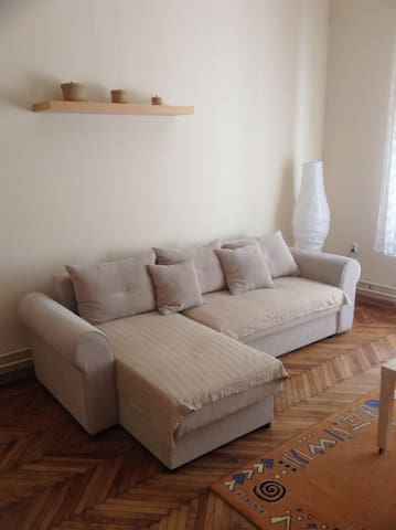 Beautiful small apartment in Central Belgrade